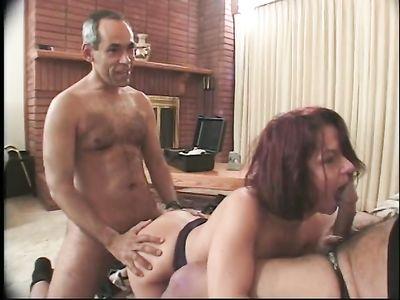 Похотливые порно бабульки в нарезке видео занимаются сексом во все дырки и даже групповухой МЖМ