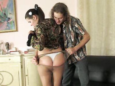Разорвал на русской порно подружке сестры колготки и жестко поимел в жопу стройную потаскуху