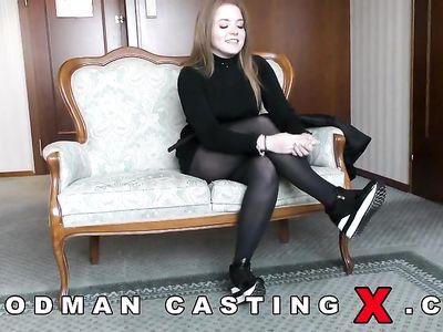 Вудман жарко трахает на кастинге во все дырки русскую развратную девку