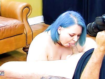Толстая мамочка с большими сиськами на кастинге насосалась на славу